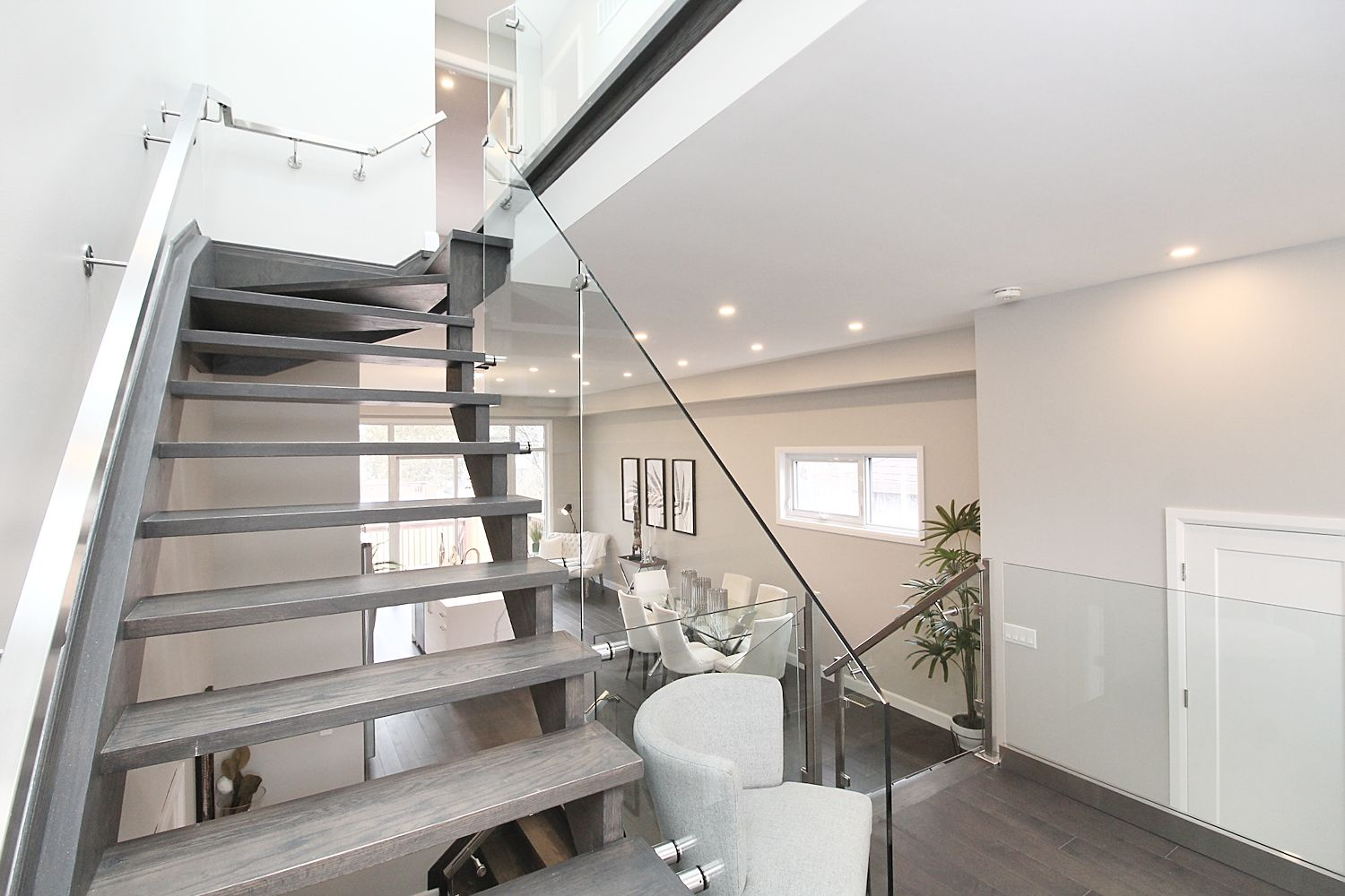 Stairwell, 182 Oak Park, East York Home Staging