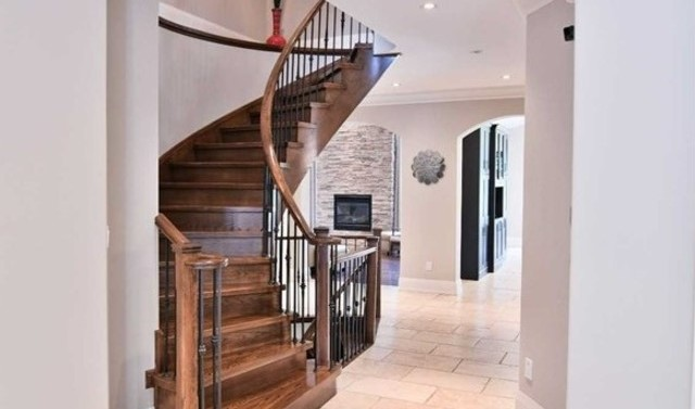 Stairwell, 1939 Spruce Hill, Pickering Home Staging