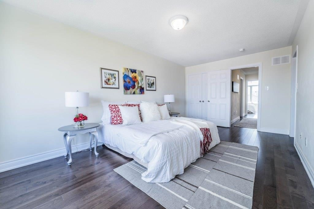 Third Bedroom, 255 Dundas, Markham Home Staging
