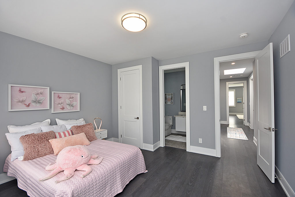 Third Bedroom, 948 Third, Mississauga Home Staging