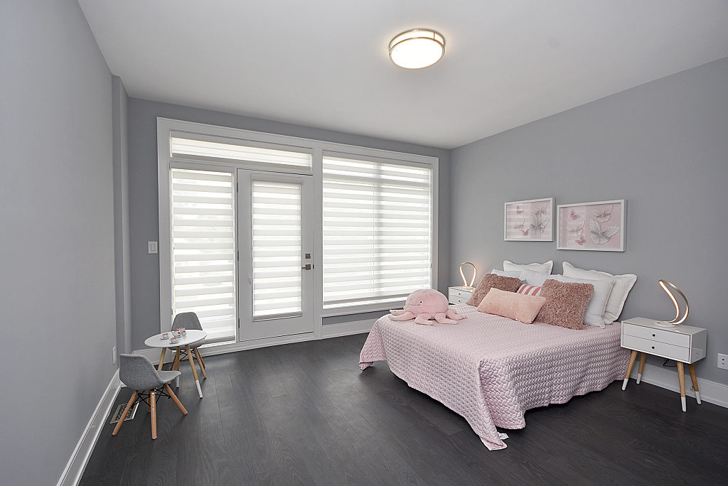 Third Bedroom Window, 948 Third, Mississauga Home Staging