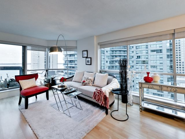 View, 10 Yonge St., Toronto Condo Staging
