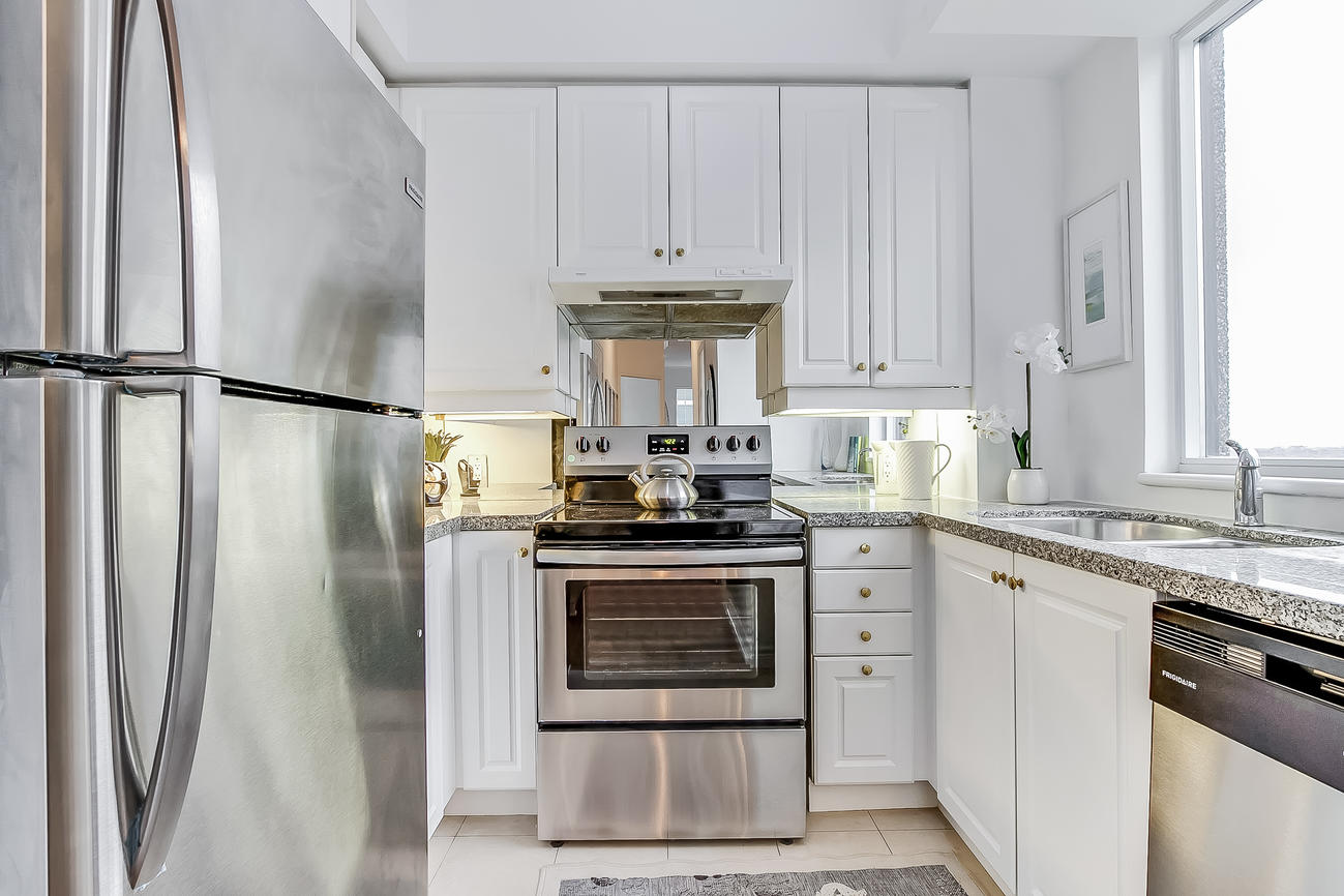 Kitchen, 55 Bloor, Toronto Condo Staging
