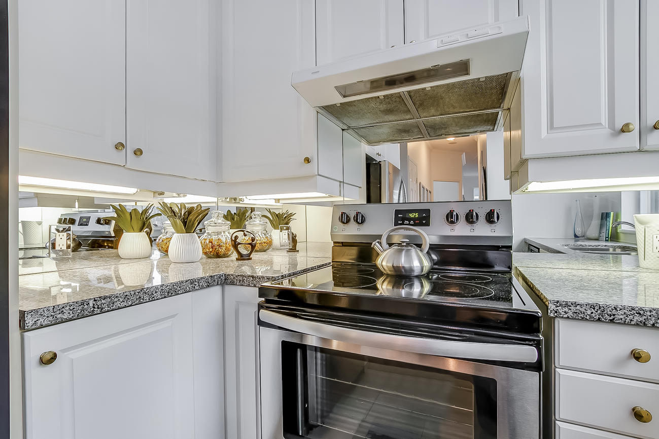 Kitchen Stove, 55 Bloor, Toronto Condo Staging