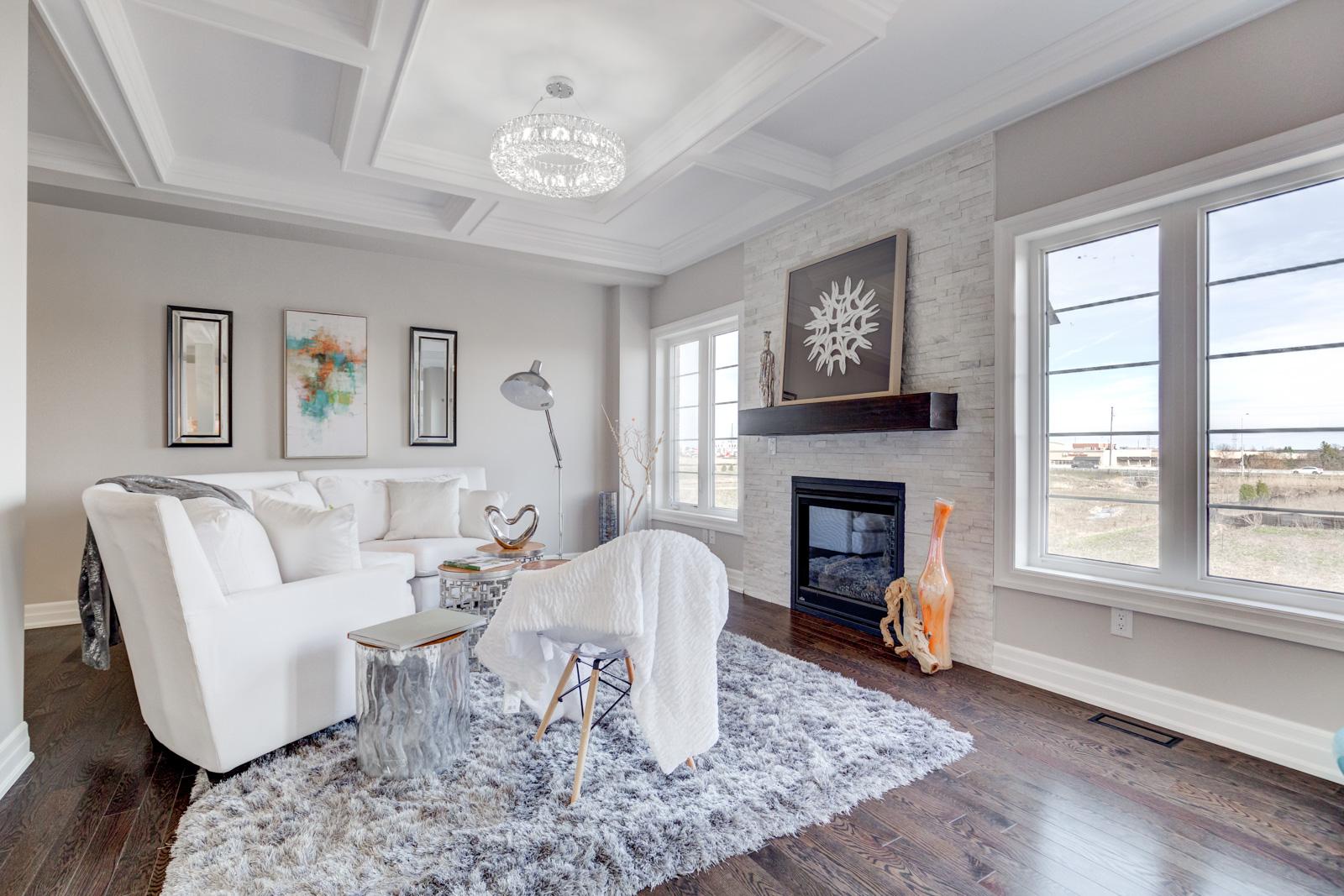 Living Room, 3910 Lodi, Burlington Home Staging