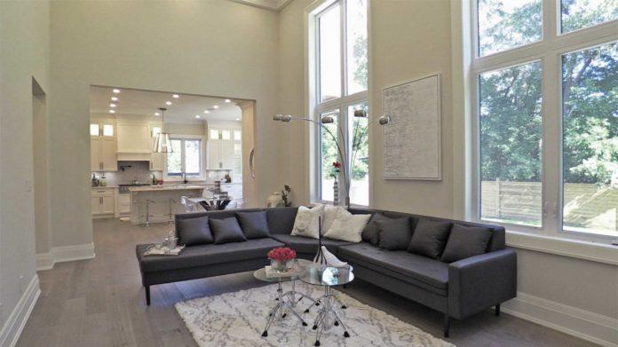 Living Room, 414 Samford, Oakville Home Staging