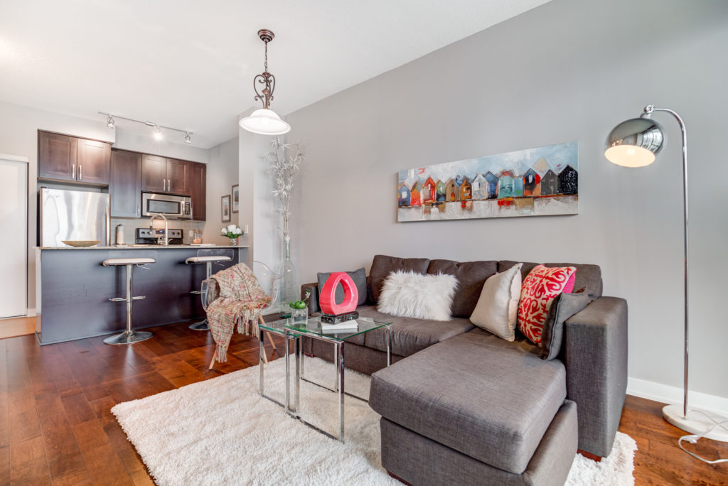 Living Room and Kitchen, 4070 Confederation, Mississauga Condo Staging