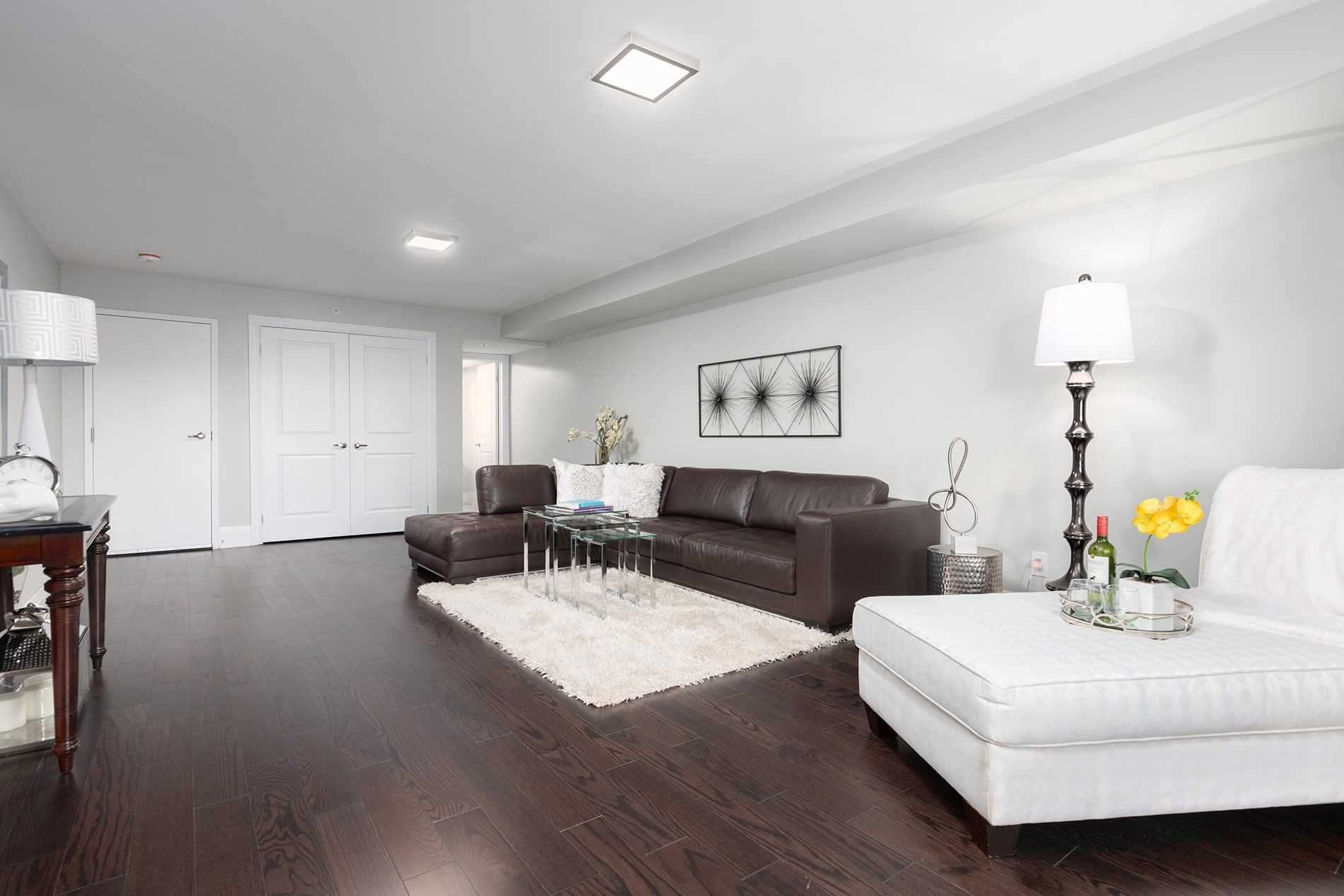 Main Room, 1548A Kingston Rd., Scarborough Home Staging