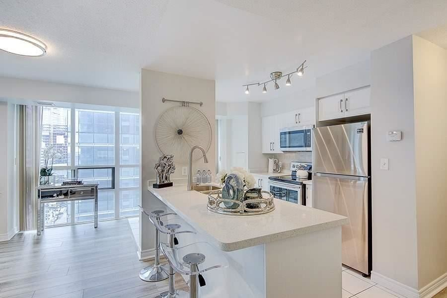 Kitchen Countertop, 30 Grand Trunk, Toronto Condo Staging