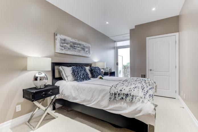 Bedroom, 44 Bond, Oshawa Condo Staging