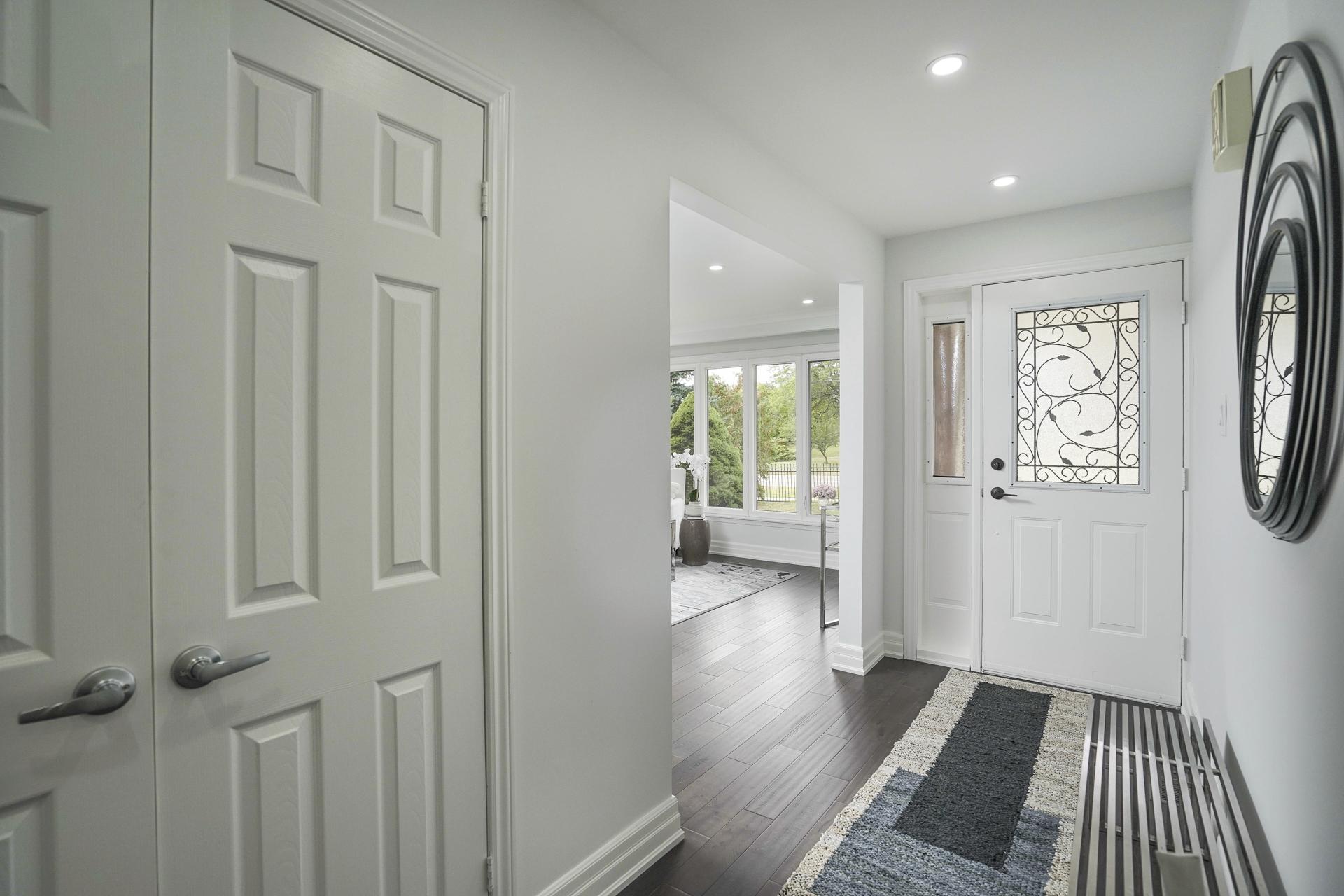 Foyer, 571 Rathburn, Etobicoke Home Staging