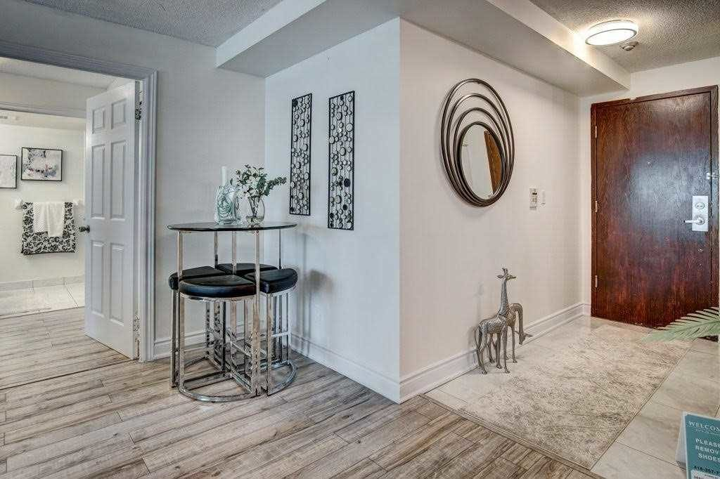 Front Door, 68 Corporate, Toronto Condo Staging
