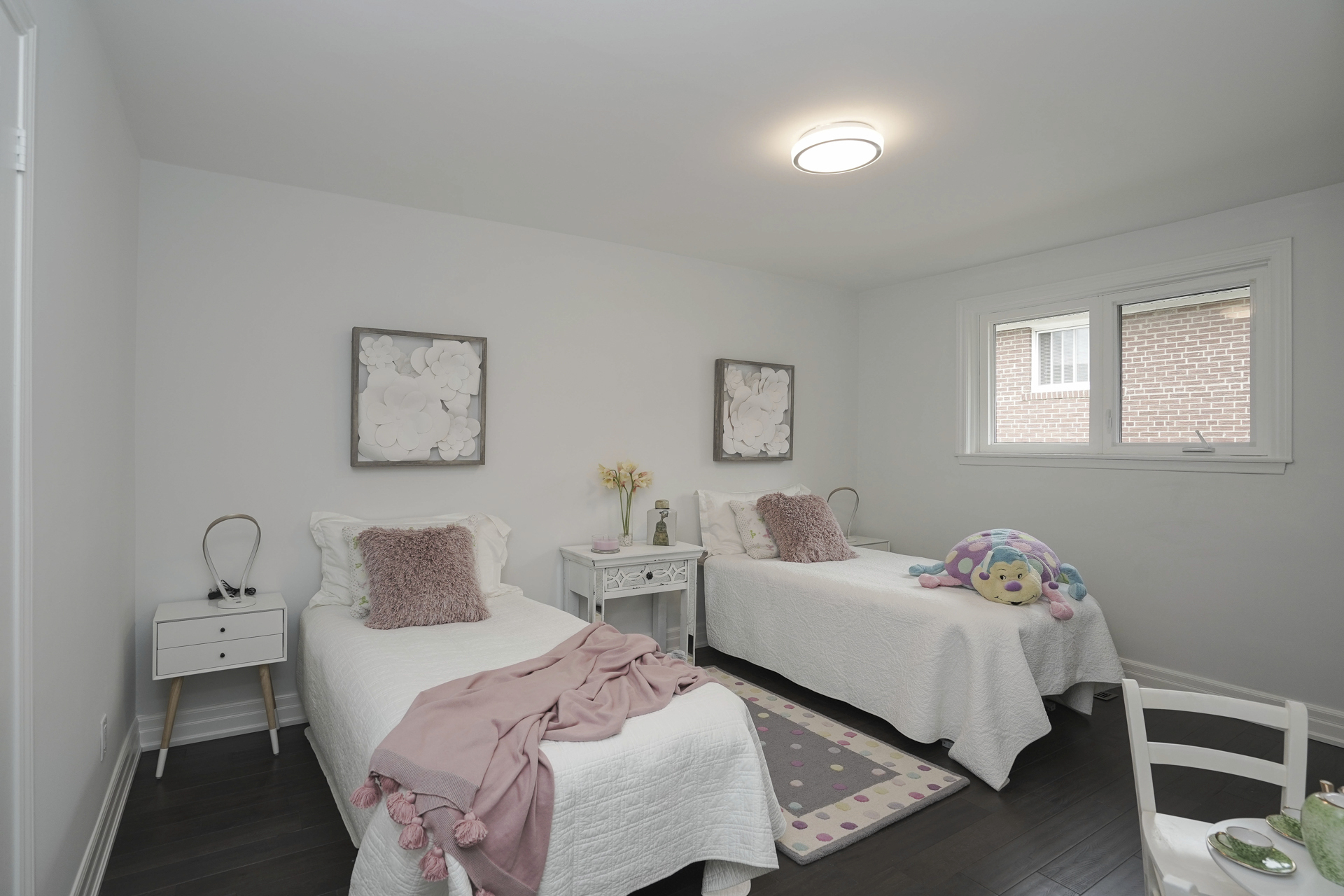 Kids Bedroom, 571 Rathburn, Etobicoke Home Staging