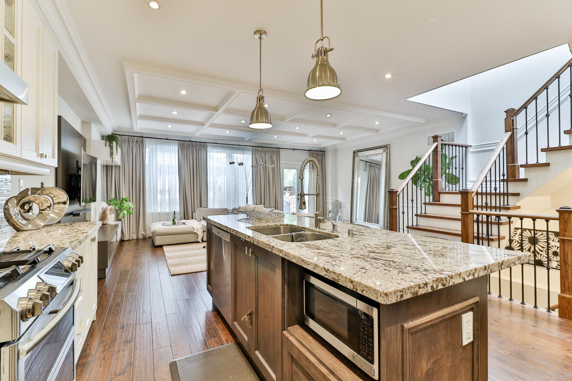 Kitchen, 149 Shaver, Etobicoke Home Staging