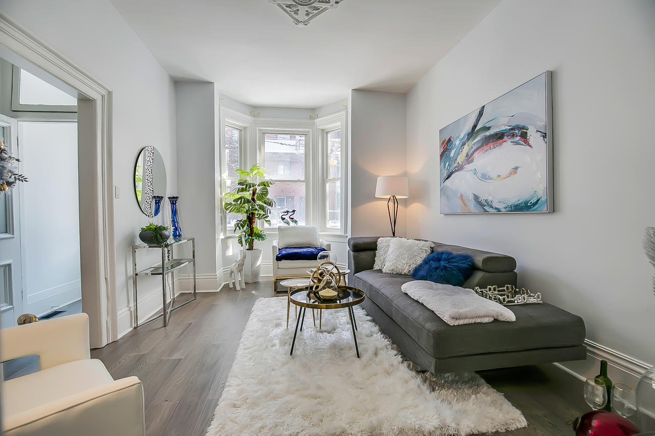 Front Window, 90 Bleecker, Toronto Home Staging