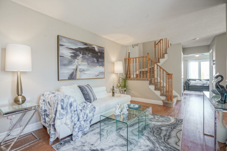 Living Room Walkway, 1538 Major Oaks, Pickering Home Staging