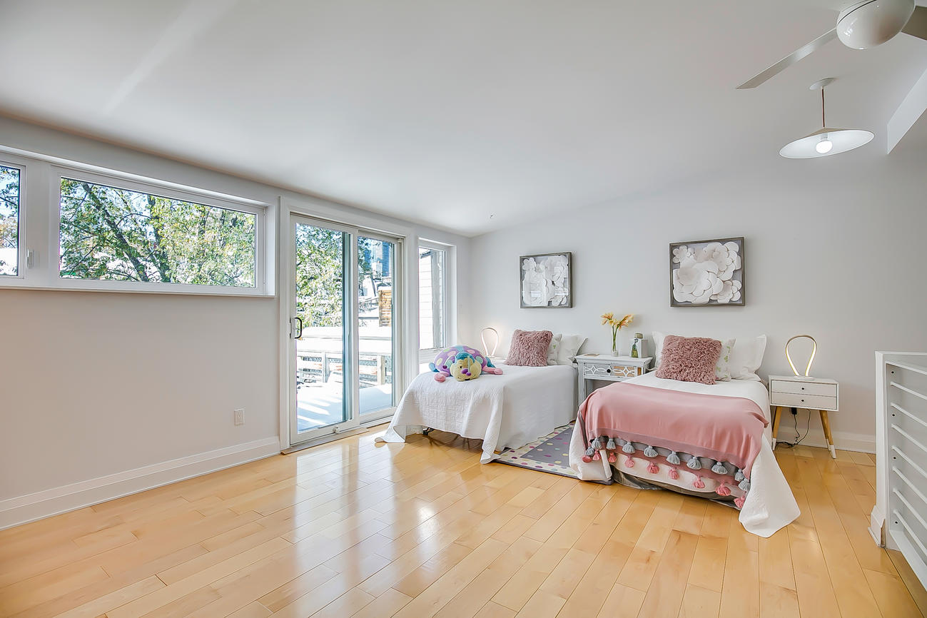 Twins' Bedroom Entrance, 90 Bleecker, Toronto Home Staging